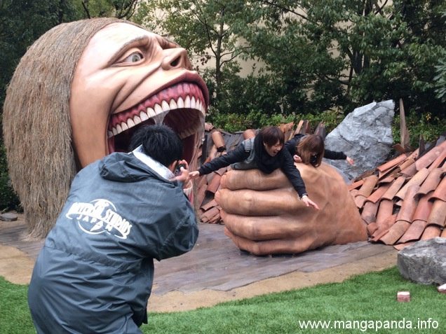 Attack on Titan Statues Are Eating Japanese Tourists